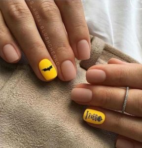 nail art related to batman on accent nails