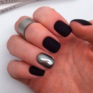 Gun metal metallic shade on accent nail