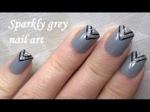 triangular french manicure design