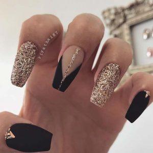 gold glitter matte black acrylics