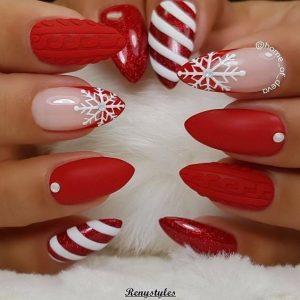 holiday red nails