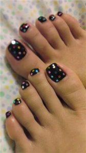 black dot pedicure