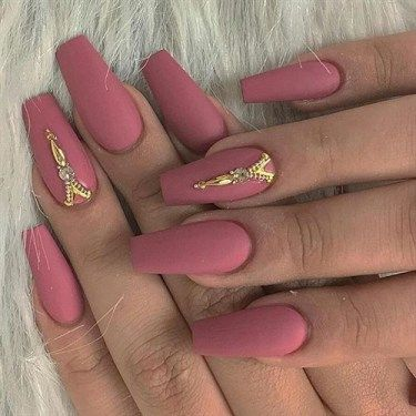 over 30 matte acrylic nails to try