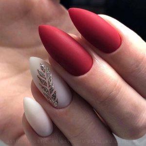 stiletto red leaf