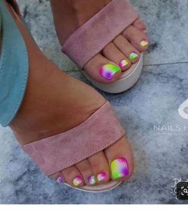 tie dye toes