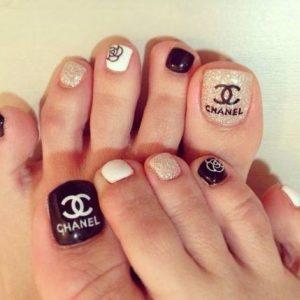 designer logo toe art