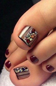 edgy fall pedicure clear