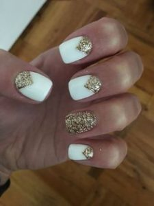 gold triangle glitter white
