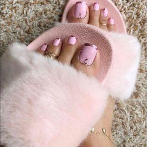 monochrome pinks pedicure