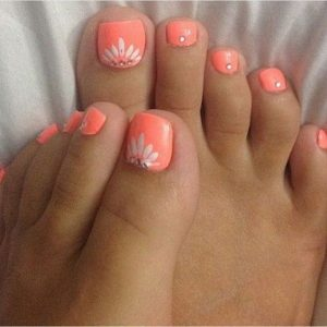 coral toe nail flowers