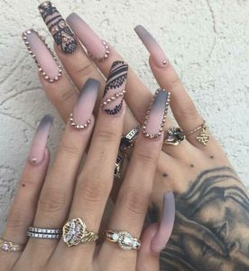 outline rhinestones nails