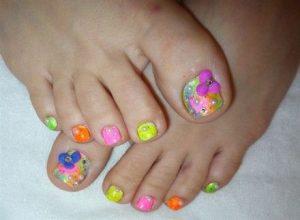 watercolor flower toes