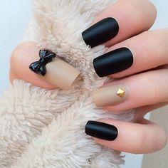 black nude bow 3d