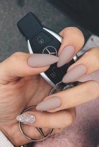 pinky glitter taupe