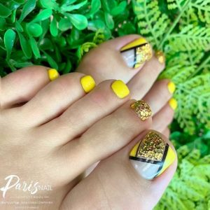 summer sunshine yellow toes