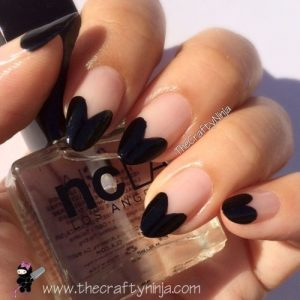 heart french tips black