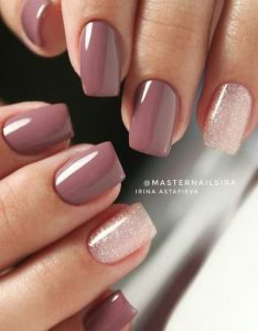 dip powder neutral mauve