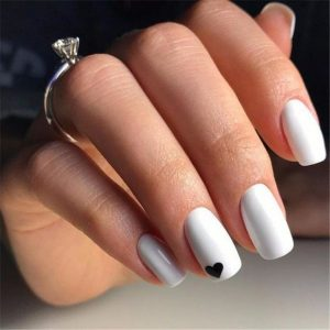 black small heart accent with white