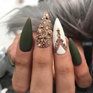 green white gold jewel