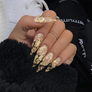long stiletto flakes clear nails