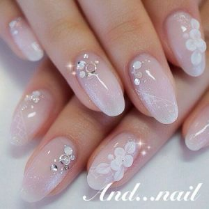 kawaii white flower glam