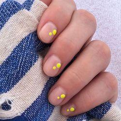 minimalist yellow spot