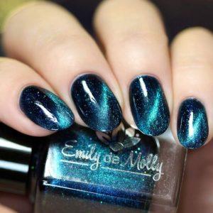 teal magnetic polish