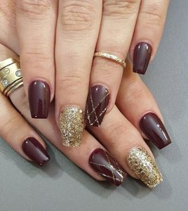 maroon gold glitter design