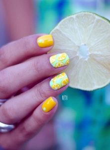 mellow yellow nails