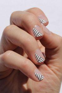 black white stripe clear pattern