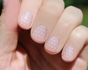 polka dot white pattern
